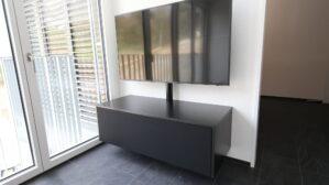 Tv-Möbel mit Stoffbezug