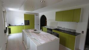Küche im Aufbau