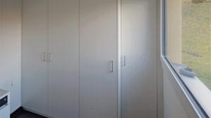Einbauschrank im Waschraum