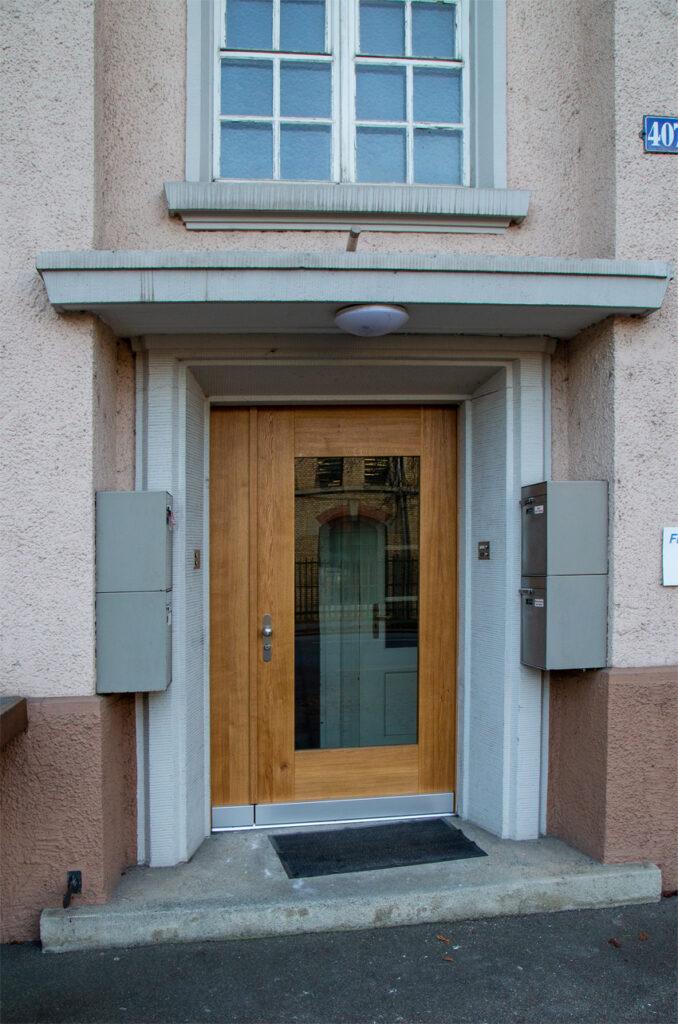 Eingangstüre 2 flüglig